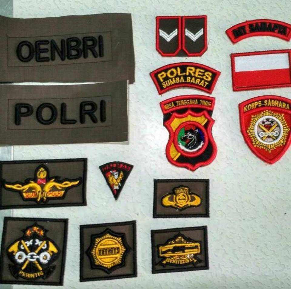 emblem anggota dinas